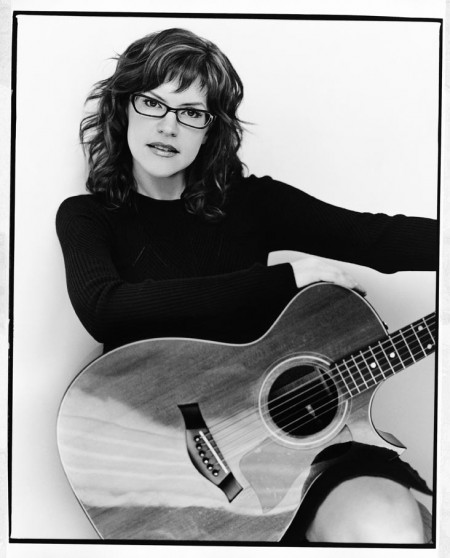 Lisa Loeb. Photo Credit: Kevin Westenburg